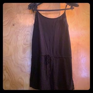 Toe top coverup dress with drawstring waist.